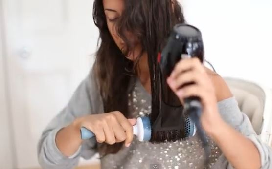 best hair dryer for frizzy dry hair drying